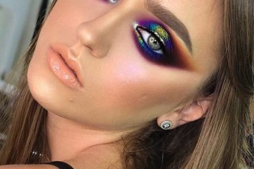 Modern & Elegant Eye Makeup Style for 2020