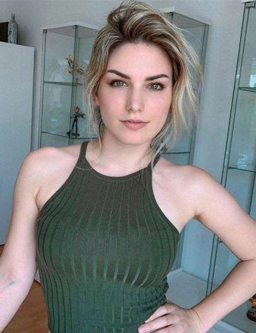 Beautiful Short Haircut for Women & Young Girls