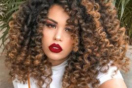 Fabulous Style of Shoulder Length Curly Hair to wear Now