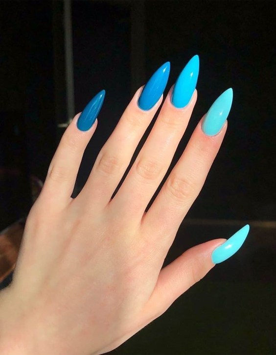 Wonderful Style of Blue Nails for your Finger Look