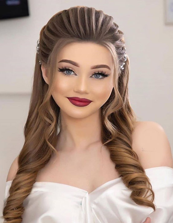 Gorgeous Wedding Makeup & Hair Styles for 2020