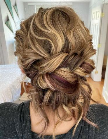 Unique Look of Wedding Hair for 2021 Girls