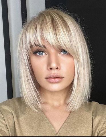 Unique Look of Medium Length Hair & Highlights In 2021
