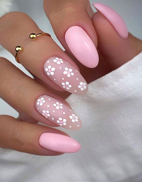 Fresh Nail Designs & Trendy Looks for Your Finger