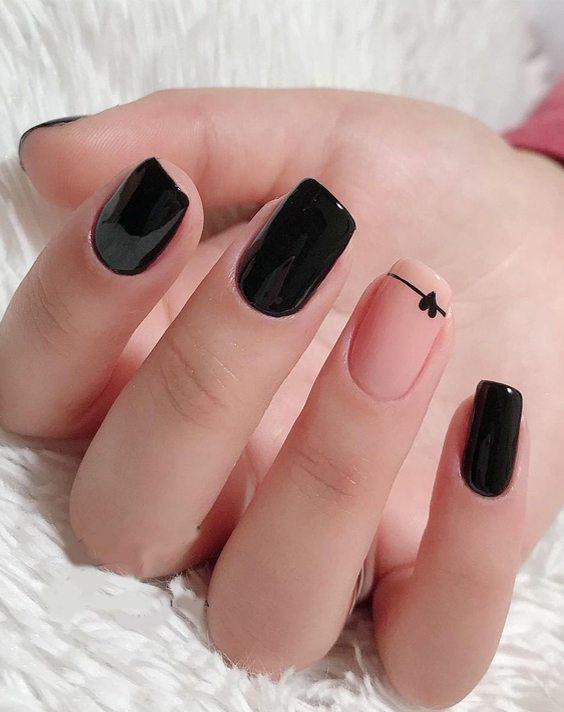 Gorgeous Black Nail Ideas & Styles for Girls