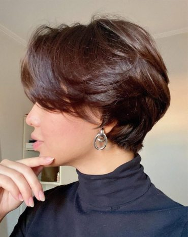 Unique Short Haircuts & Style for Girls
