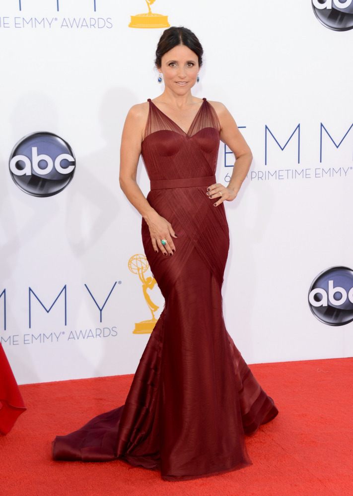 Julia Louis-Dreyfus in Vera Wang (Photo: Getty Images and Huff Post Style)