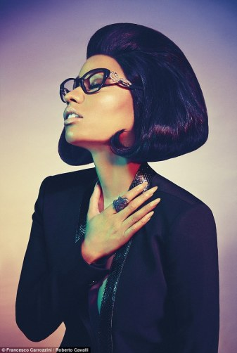 Nicki-Minaj-Roberto-Cavalli-Style-Stamped-10