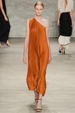 Tome_Burnt Orange 1 Shoulder