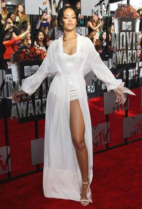 Rihanna in Ulyana Sergeenko at 2014 MTV Movie Awards Photo: Getty Images