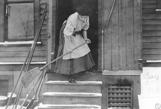 Sweeping-porch-historical-photo-SNIP