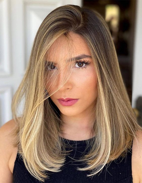 Delightful Medium Hair with Highlights for All Girls