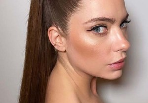 High Ponytail Sleek Hairstyles for Girls to Sport in 2020