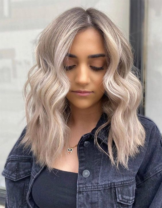 Lovely & Graceful Blonde Highlights to Looks Amazing Right Now