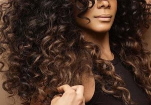Amazing Voluminous Long Curls for Women to Show Off in 2020
