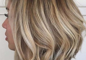 Versatile Lob Haircut Style for Women to Show Off in 2020