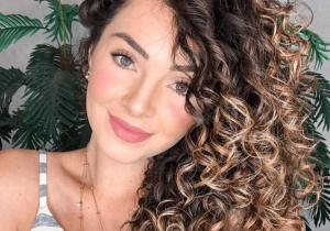 Most Popular Style of Curly Haircuts to wear In 2020