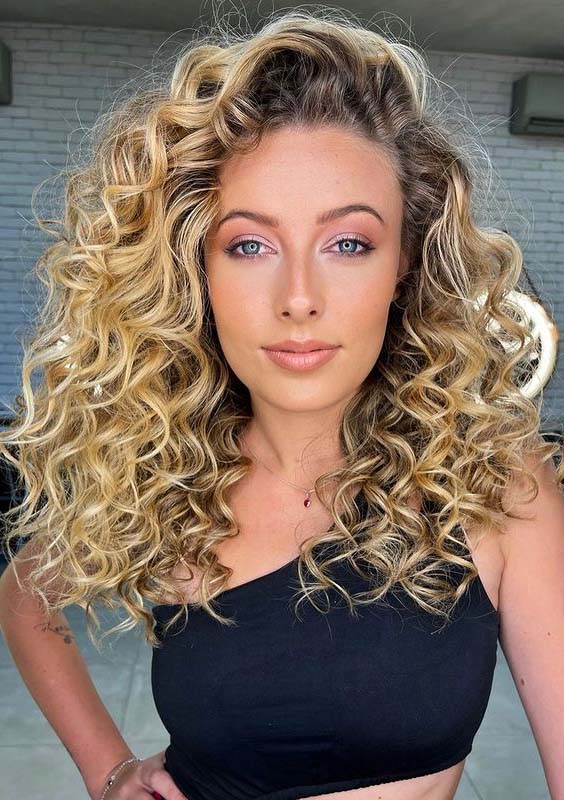 Elegant Curly Hairstyles for Long Hair to Follow