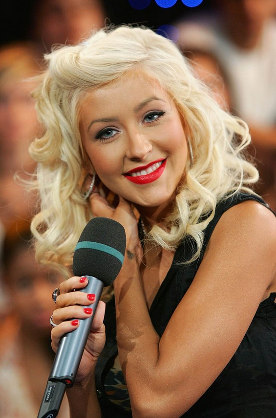 Christina Aguilera Hairstyles Celebrity Latest