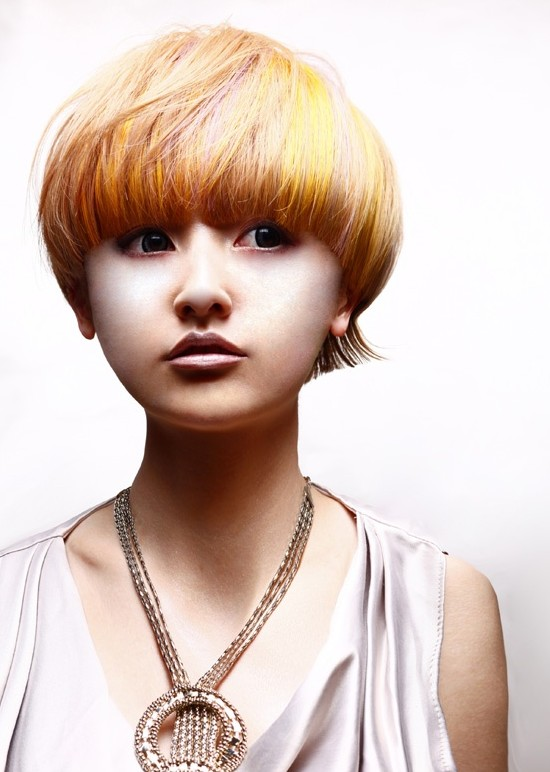 bold hair style haircut for asian bold highlighted bowl 4609 | Mushroom Haircut for Asian Girls
