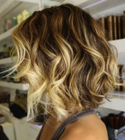 short wedge bob hairstyle curly