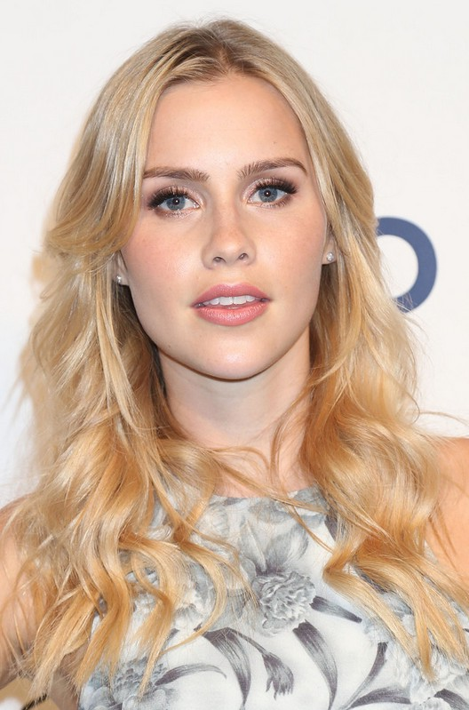 Claire Holt Hair Styles For Long Hair With Waves Styles