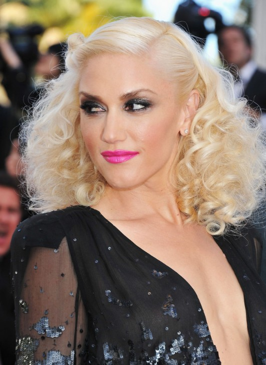 Gwen Stefani Hairstyles  Celebrity Latest Hairstyles 2016