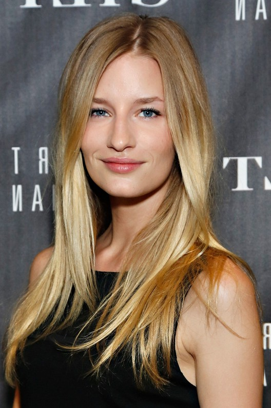 Linda Vojtova Simple Long Hairstyle For Square Faces