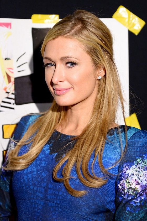 Paris Hilton Half Up Half Down Hairstyle for Thin Hair  Styles Weekly