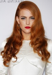 riley keough deep side parted copper