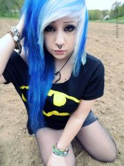 scene girls with blue white hairstyle
