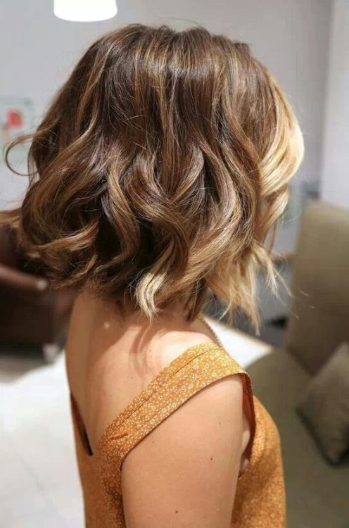 ombre short hair style 38 pretty ombre hair you should not miss styles weekly 7383 | Short Layered Ombre Hair with Curls