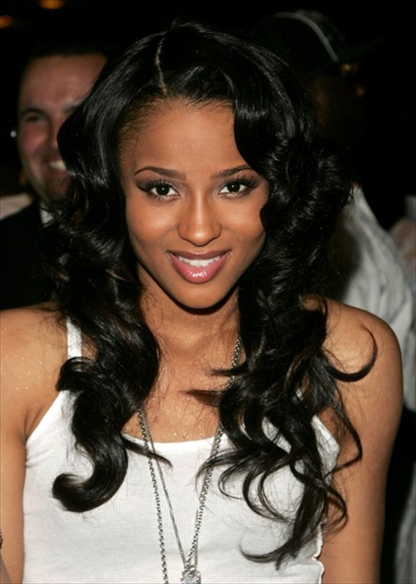 Long Wavy Wedding Hairstyle for Black Women