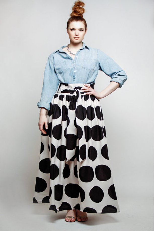 Resultado de imagen de plus size polka dot skirt with denim shirt