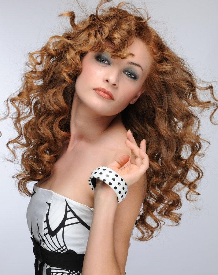26 Really Cute Looks For Naturally Curly Hair Styles Weekly