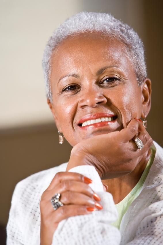 Grey Hair African American Woman: 23 Great Short Haircuts For Women Over 50