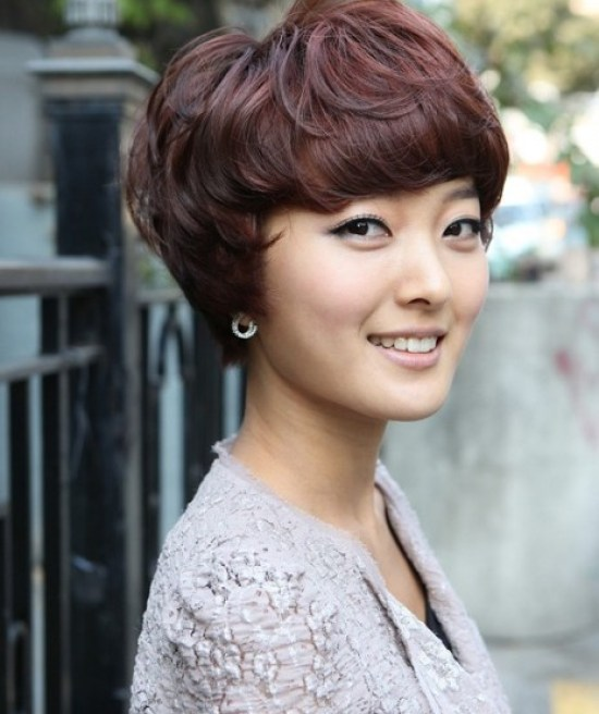 Cute Short Hairstyles (with Bangs)