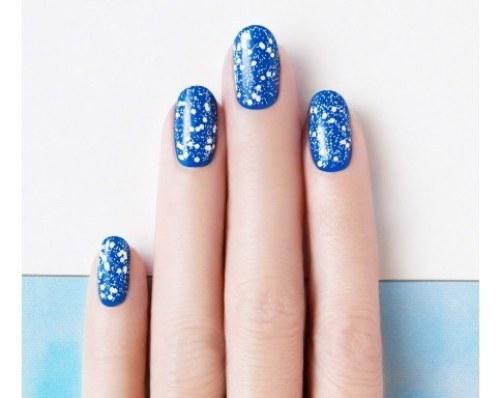 starry sky nail design