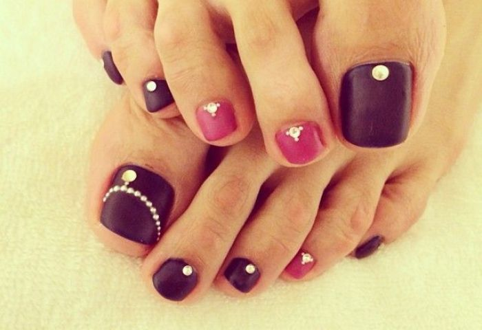 23 Fashionable Pedicure Designs To Beautify Your Toenails Styles