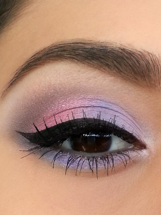 5 Tips On How To Pull Off Colorful Eyeshadow Crazyforus