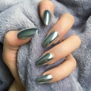 stunning chrome nail ideas