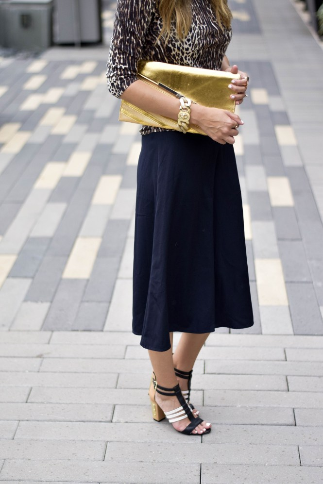 style the girl black culottes