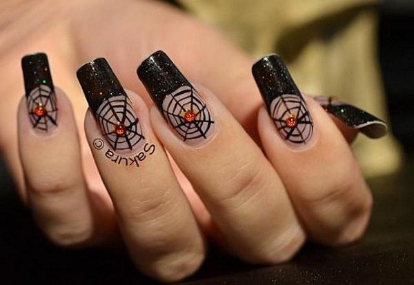 21 spider nail - 30 Cool Halloween Nail Art Ideas
