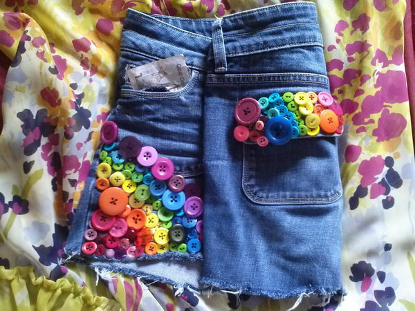 10 rainbow bright button shorts - 20 Cool DIY Shorts Ideas for Girls
