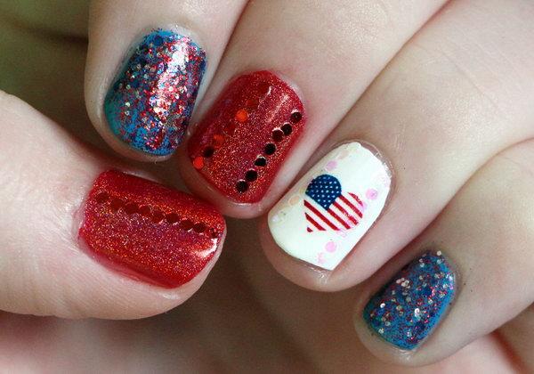 16 glitter 4th of july nails - 20+ Glitter 4th of July Nail Art Ideas & Tutorials