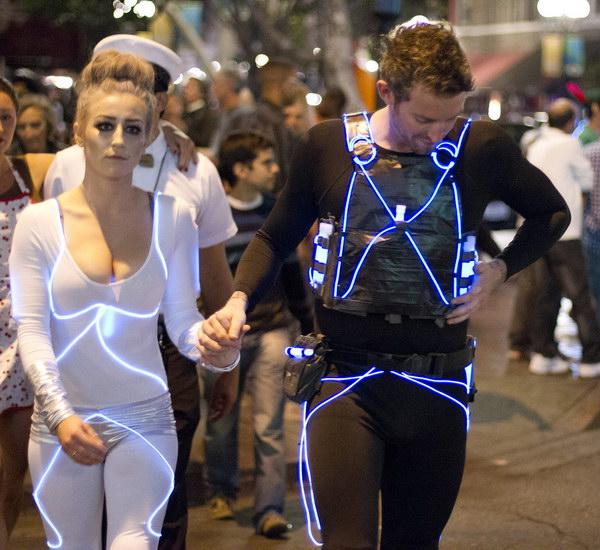 9 couple costume ideas - Stylish Couple Costume Ideas