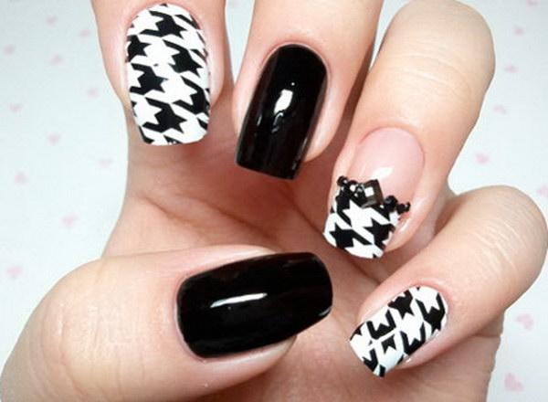39 black and white nail designs - 80+ Black And White Nail Designs