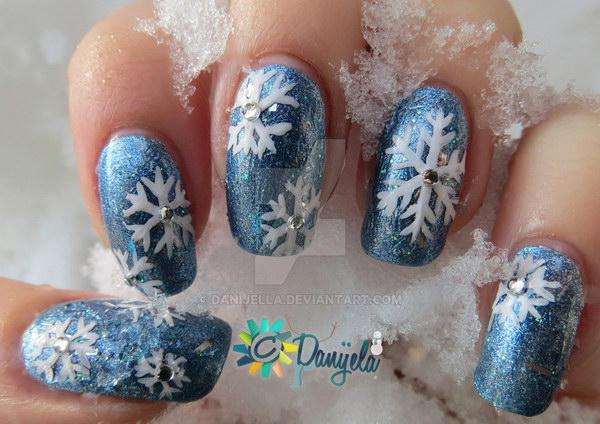 10 christmas nail art designs - 50 Festive Christmas Nail Art Designs