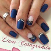 pretty matte nail design