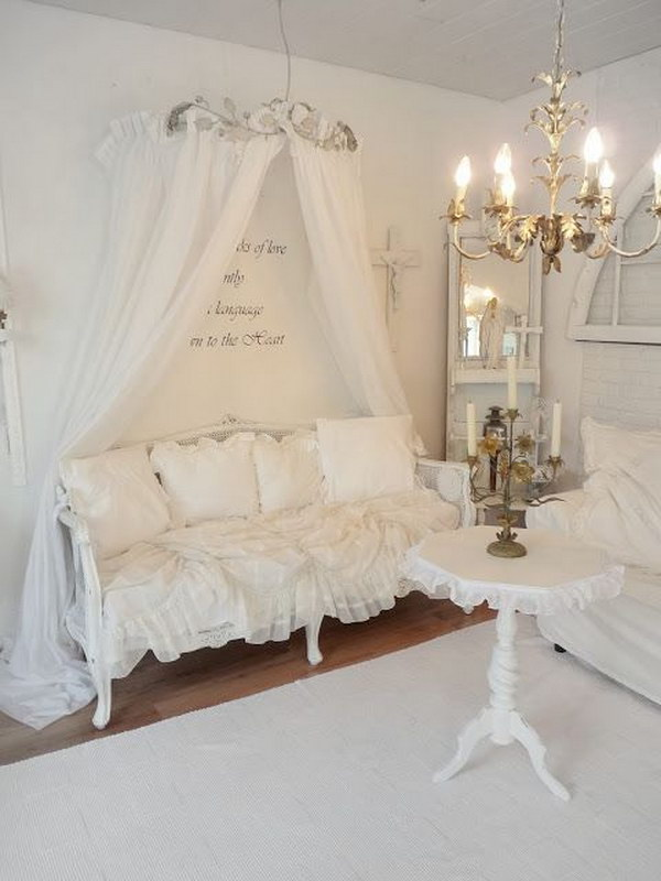 daybed in living room ideas purple and gray romantic shabby chic